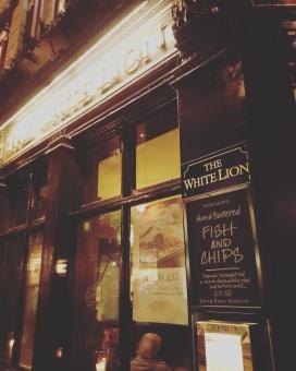 """Fish & Chips am letzten Abend im """"White Lion"""""""
