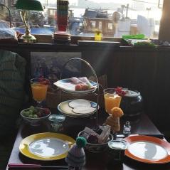 Grandioses und liebevolles Frühstück von unseren Gastgebern