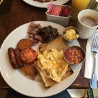 English Breakfast im HardRock Cafe Amsterdam