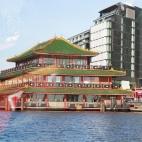 """schwimmendes asiatisches Restaurant """"Sea Palace"""""""
