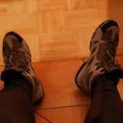 In die Schuhe schlüpfen...