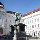 Statue Kaiser Joseph II